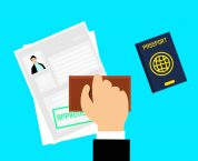 Công chứng hợp đồng mua bán bằng tiếng Anh được không?